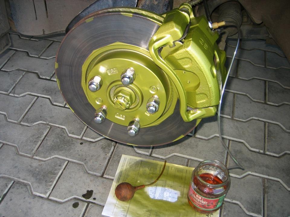 Фото №24 - как поменять тормозную жидкость на ВАЗ 2110